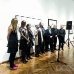 Foto en el acto inaugural, habla la nueva directora del Museo, Cristina Bausero.