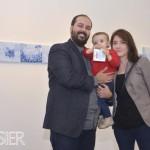 Pedro Varela junto a su hija Olivia y su esposa Carolina Ponte
