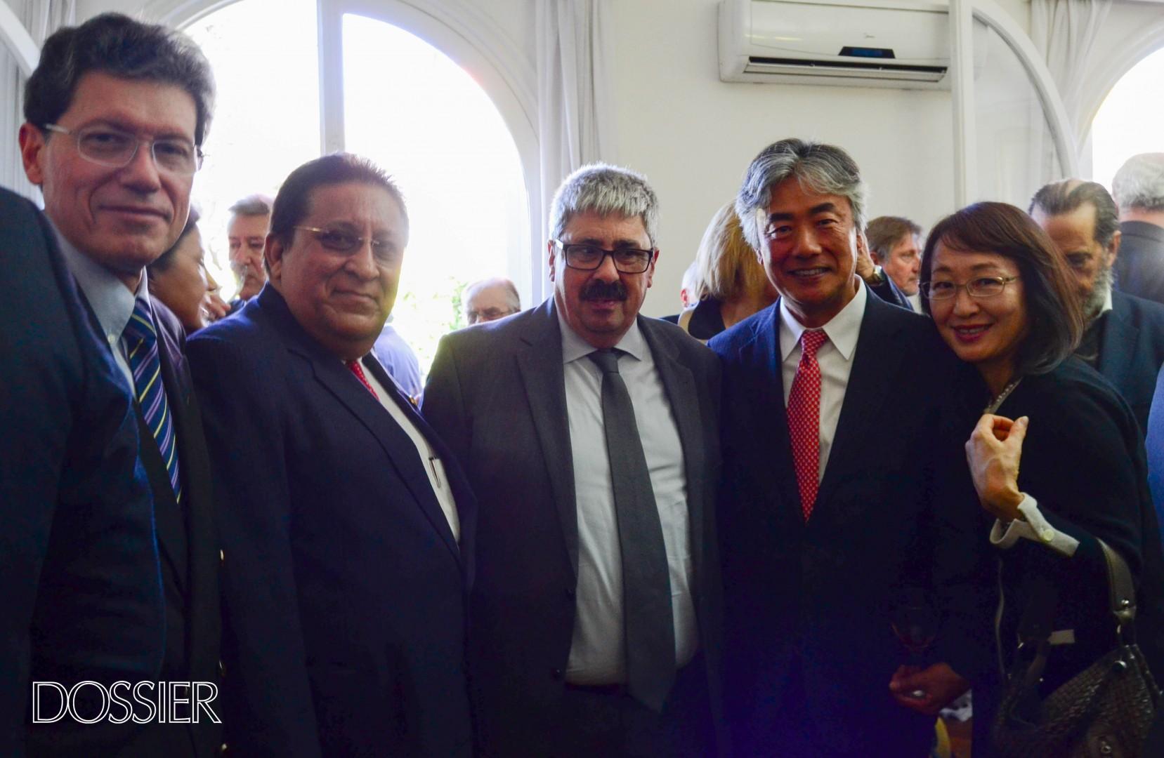 Embajador de Japón Tatsuhiro Shindo y Hatsuko Shindo.