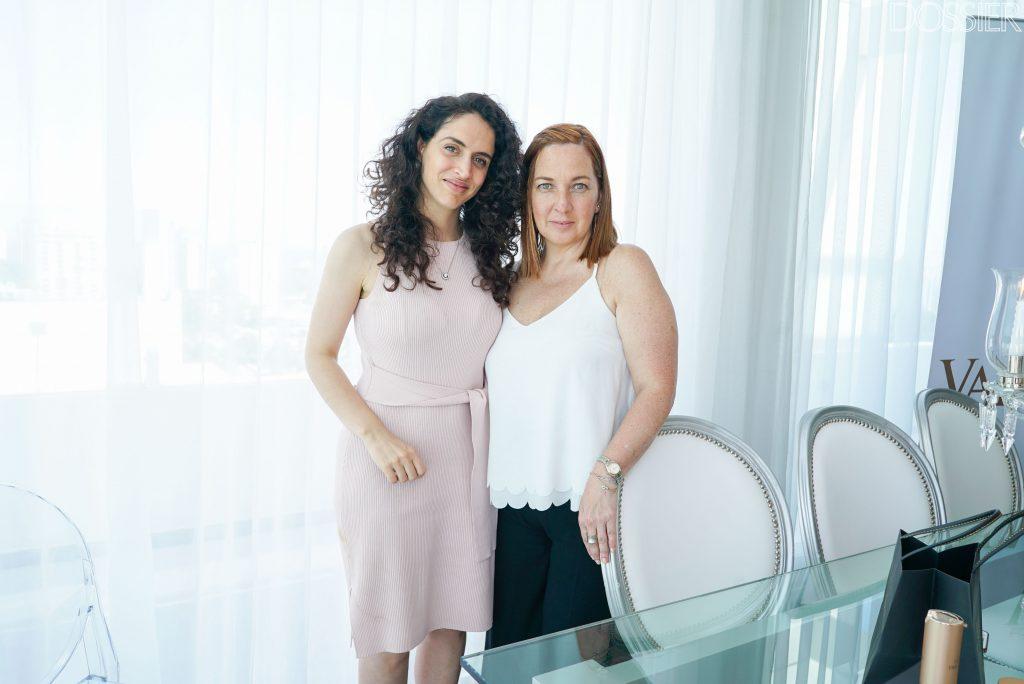 Mariana Scasso - Gerente de Comunicación & Marketing YOO Punta del Este - junto a Sandra Díaz - Representante de ventas Yoo Punta del Este -